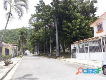 Casa en venta en trigal norte, valencia, carabobo, enmetros2, 19 82009, asb