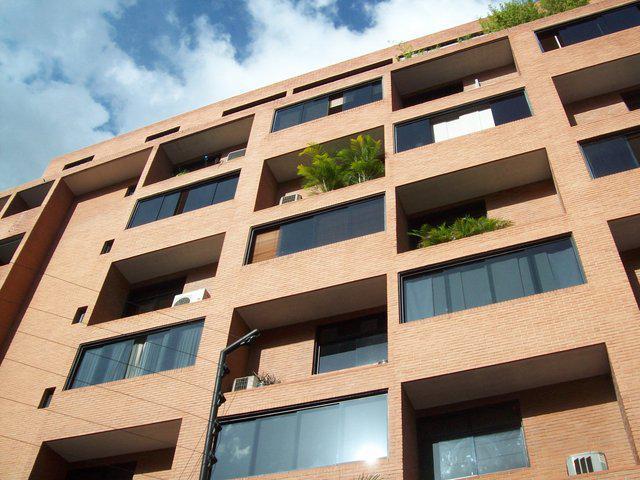 Alquilo espectacular apartamento en los palos grandes 56