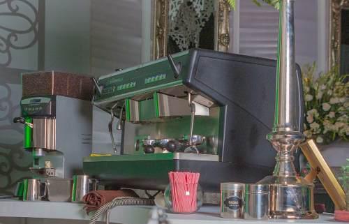 Cafetera nuova simonelli digital appia con molino