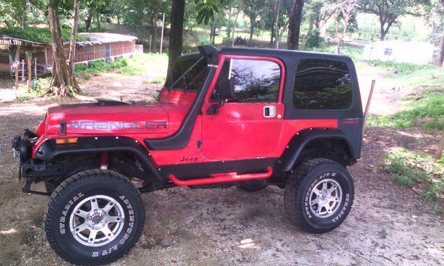 Jeep wranger año 88. automático, caja 4x4 de cherokee
