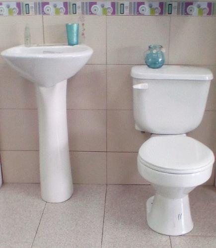 Juego sala de baño venceramica poceta lavamano y pedestal