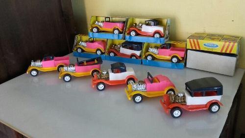 Juguetes carros antiguos manaplas coleccionables