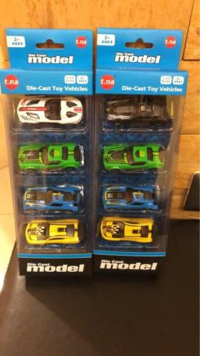 Set de carritos.juguete para niños. carros nuevos