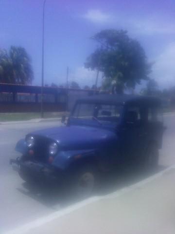 Vendo jeep cj7 año 79 techo duro bs. 1.800.000 - 0416-848