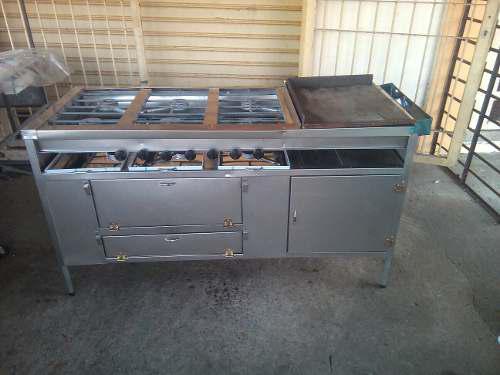Cocina industrial de seis hornilla plancha y horno