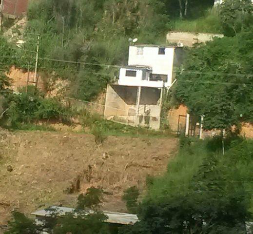 Casa colinas corralito sector c 35 m 2 hab 2 baños 90 m2