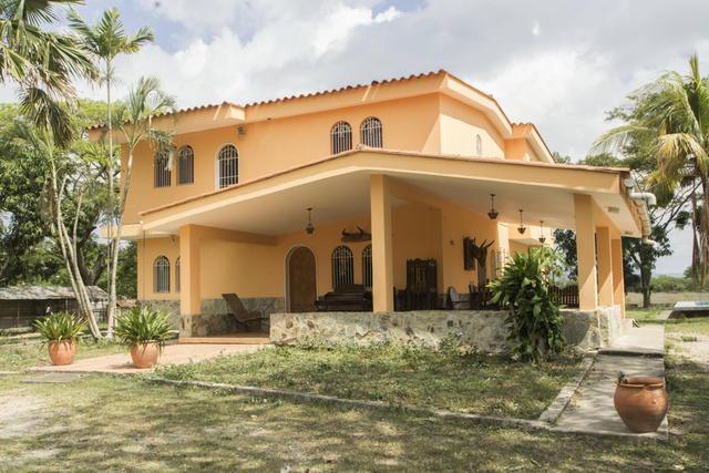 Casa en venta ubicada en el paraíso en cabudare