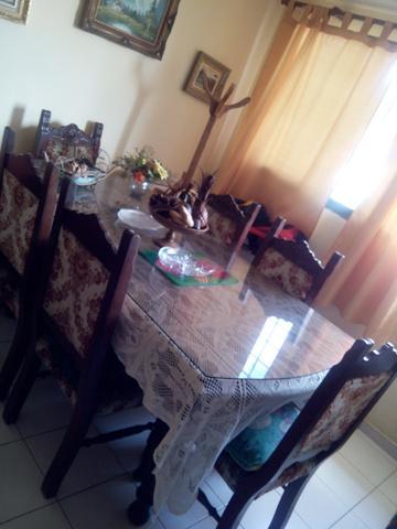 Comedor de 6 sillas estilo colonial