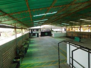 Galpon en zona industrial sur mls 14-10576