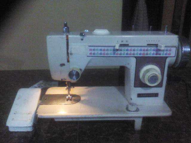 Máquina de coser fappyco