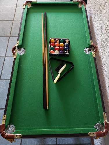Mesa de pool para niños con dos tacos juego de bolas