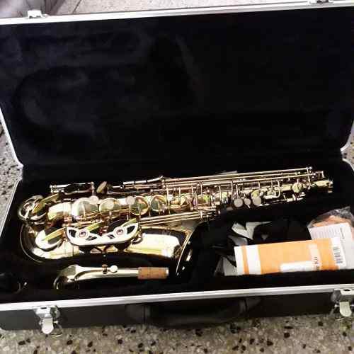 Saxophone etude by conn-selmer