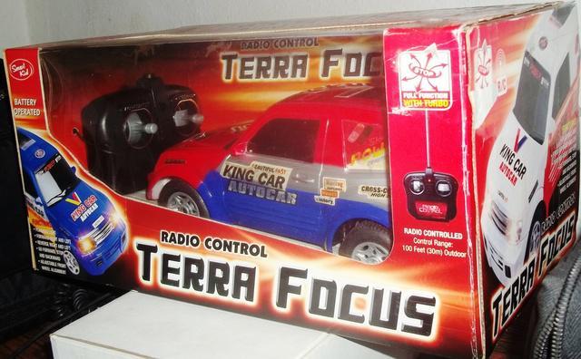 Vendo juguete carro a control remoto nuevo