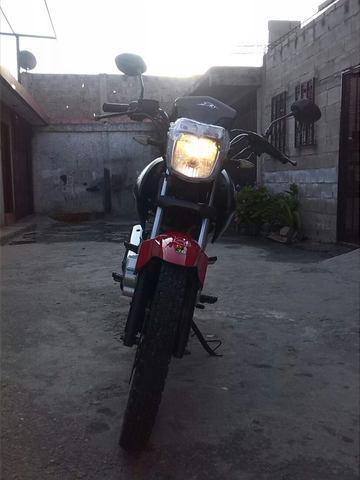 Venta de moto bera brz200
