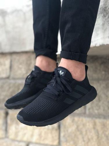 Zapatos deportivos adidas swif run caballero unisex negro