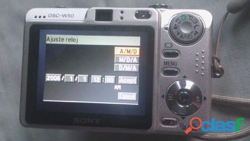 Camara Sony Cyber Shot de 6.0 Mp 4