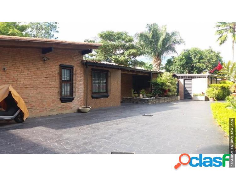 Casa en venta cerro verde fr1 mls19-718
