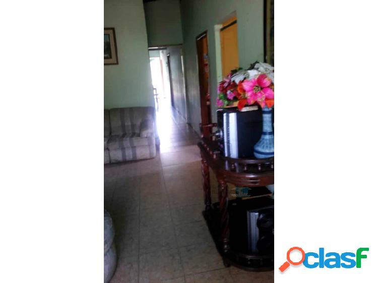 Casa en venta en el sector de bella vista ubicado en san felix