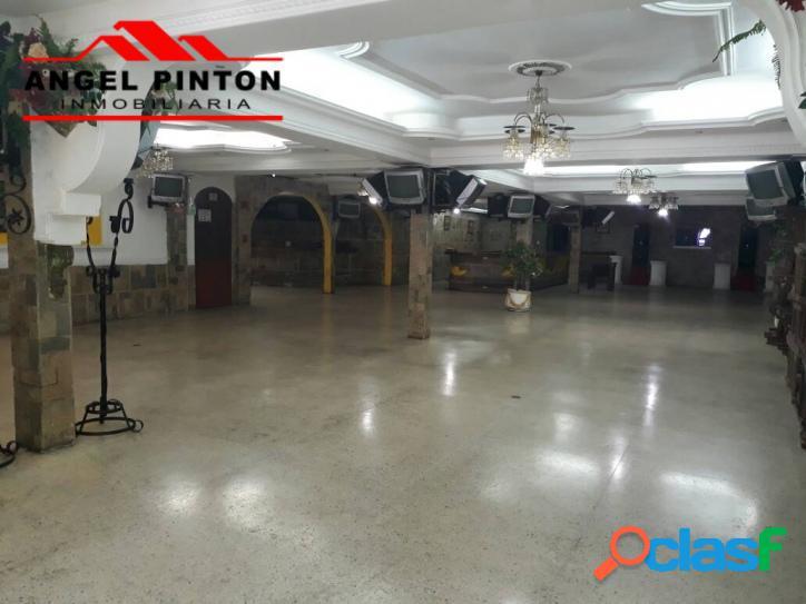 Local comercial alquiler pomona maracaibo api 2147