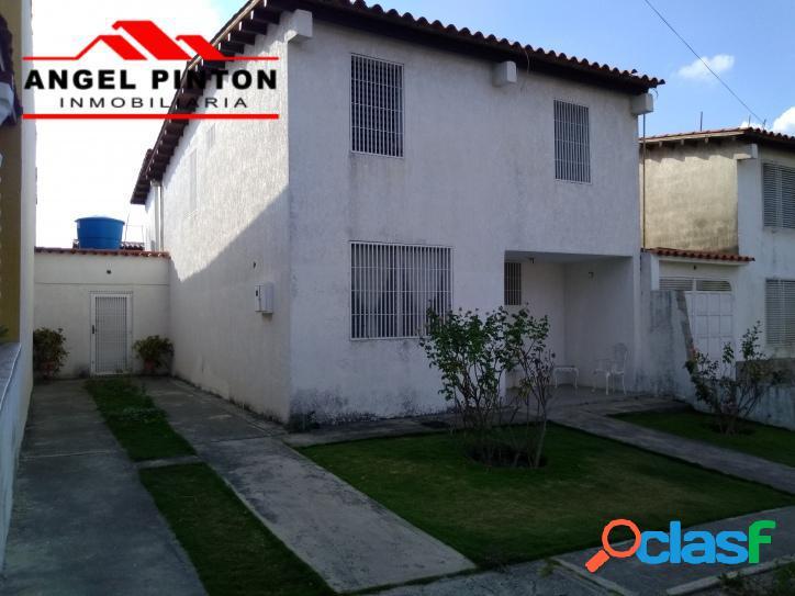 Casa venta en la ribereña iii barquisimeto api 2761