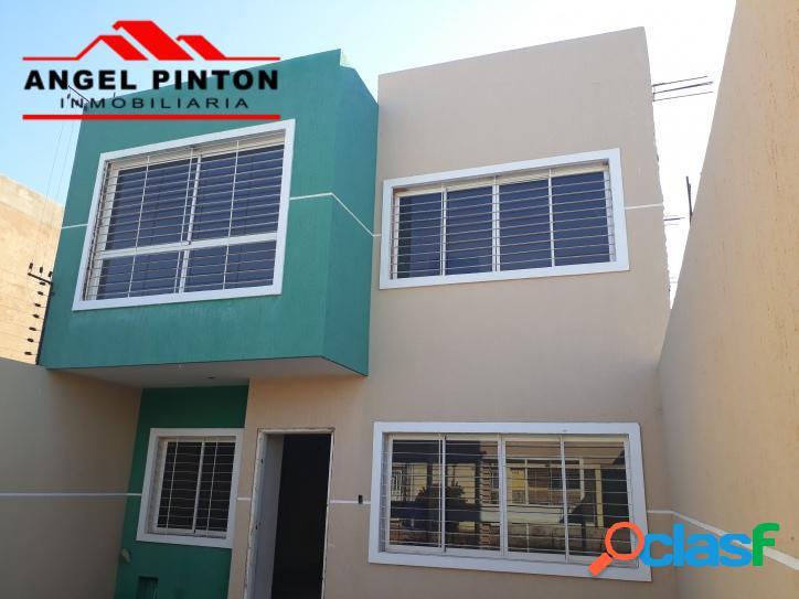Casa en venta en lago mar beach maracaibo api 2861