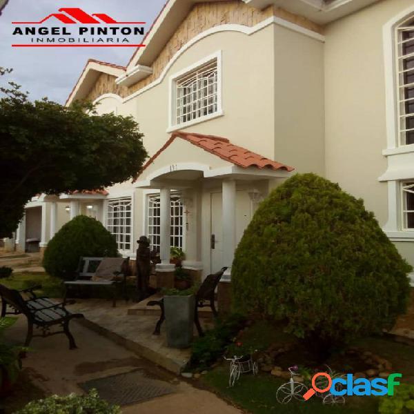 Casa en venta av dr paul moreno maracaibo api 3084