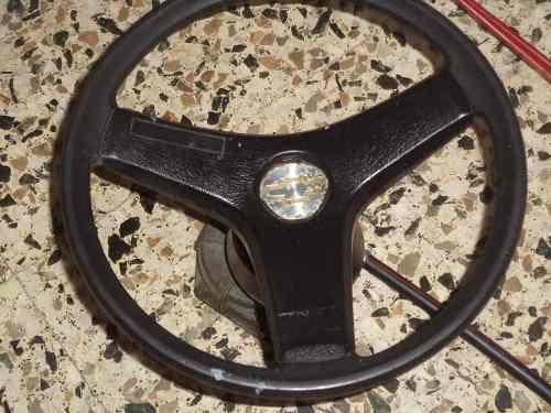 Articulos deportivos de pesca mando y volante para lancha