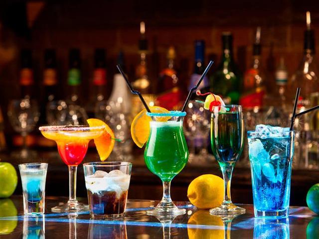 Coctelería sin alcohol para graduaciones y eventos
