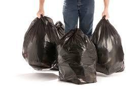 Se venden bolsas de basura negras 40 kg / 200 lts. c. 8