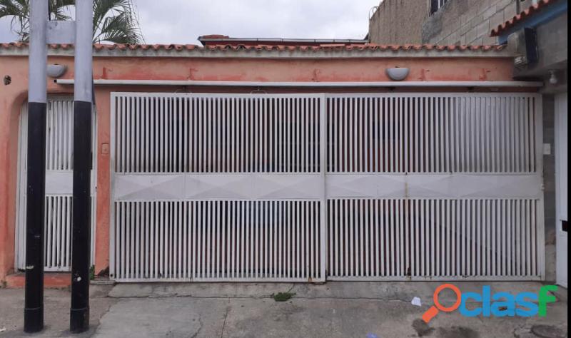 Casa de 108M2 en San Joaquin Urbanización Villas del Centro