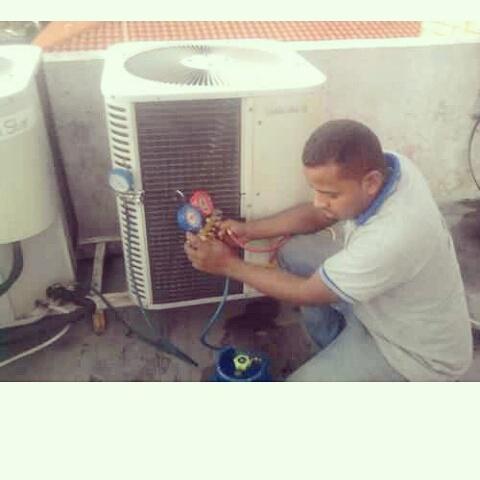 Servicio tecnico reparación aire acondicionado instalación
