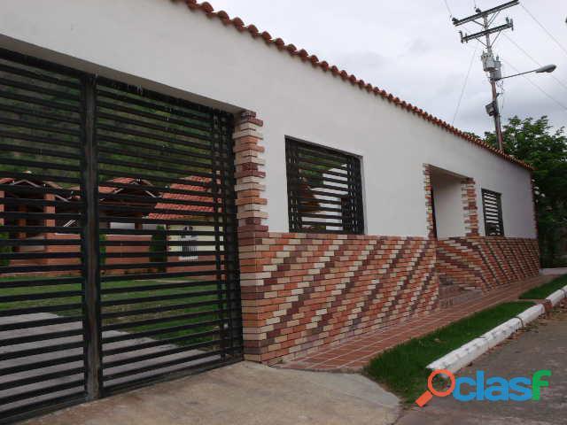 Casa de 400m2 en la urbanización las morochas, san diego