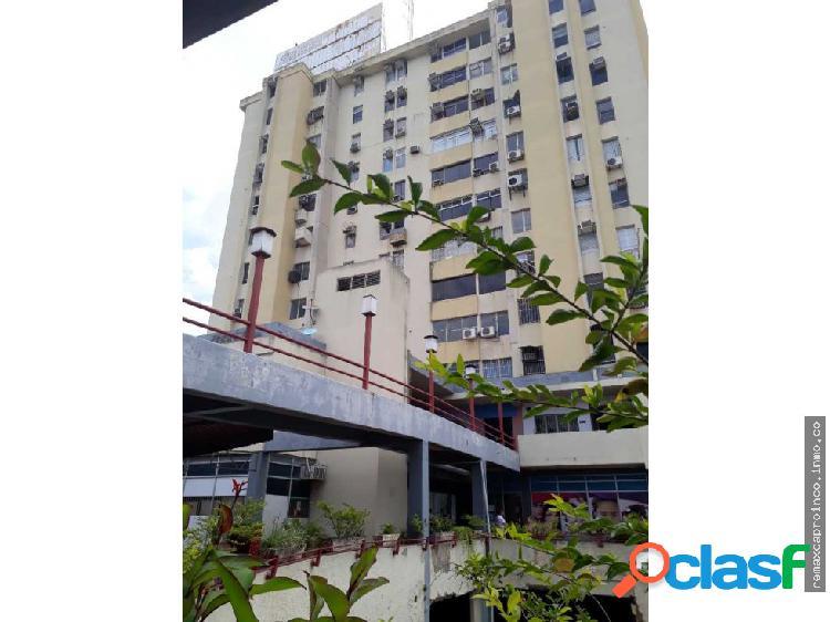 Oficina Área 87 m2 Av Bolívar Norte Torre Valencia