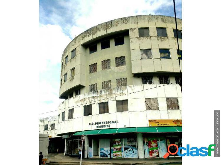 Consultorio cerca clínica Metropolitana Naguanagua