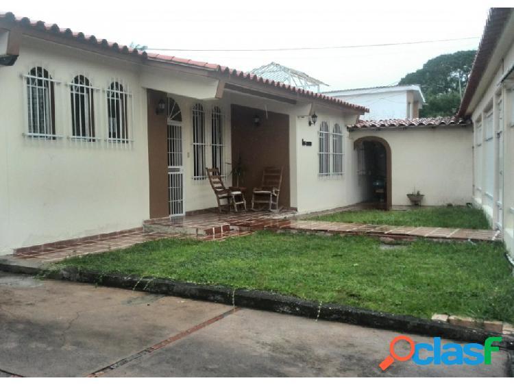 Casa en venta av. rotaria barquisimeto