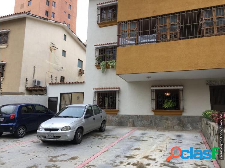 Apartamento tipo casa en sabana larga
