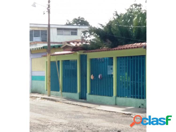 Casa en urbanización santa eduvigis