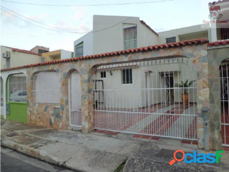 Casa en venta la esmeralda mz 19-3558