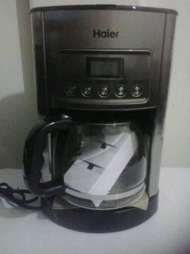 Cafetera digital para 12 tazas (nueva en su caja)