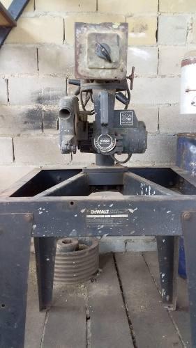 Sierra radial carpinteria. dewalt oferta remato negociable