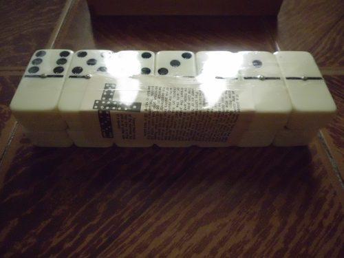Juego de domino nuevo y usados. 7