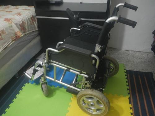 Silla de rueda eléctrica fs110a