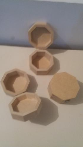 Cajita con tapa cofre en mdf crudo 10 cms x 07 cms
