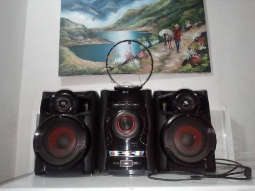 Equipo de sonido de casa lg