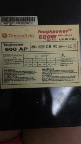 Fuente de poder thermaltake 600w certificada