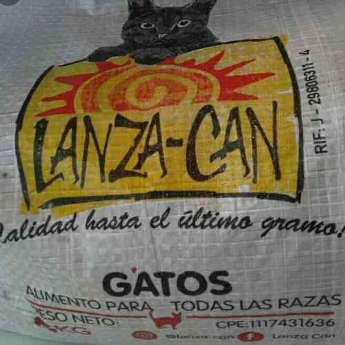 Gatarina lanza can gato alimento de 5kg.