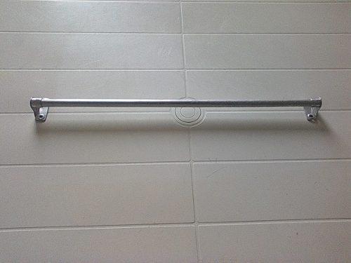 Tubo para cortinas de aluminio