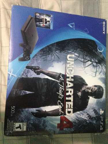 Playstation 4 versión uncharted nuevo