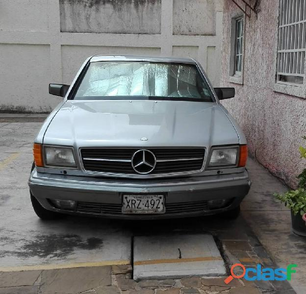 Mercedes benz modelo 560sec