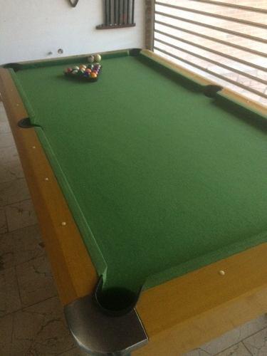 Mesa de pool profesional con todos sus accesorios